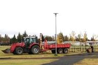 traktor_192-127